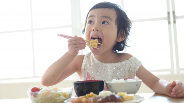 子ども食堂が注目を集めている01